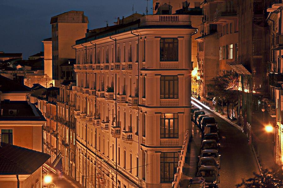 Potenza via del Popolo con Palazzo Reale